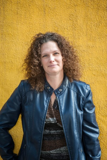 woman with nice curly hair photographer JnK Imagery