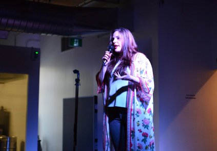 Shawna Edwards Comedian